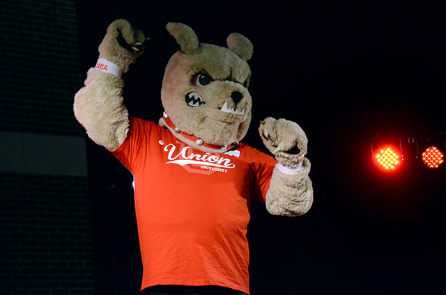Buster the Bulldog leads the crowd in cheers when the NCAA logo is unveiled at Union Night, Sept. 28.