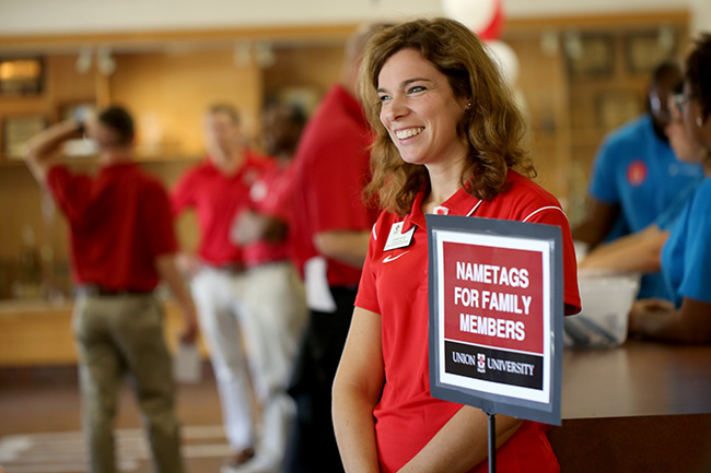 Karen Taylor welcomes new students and their families