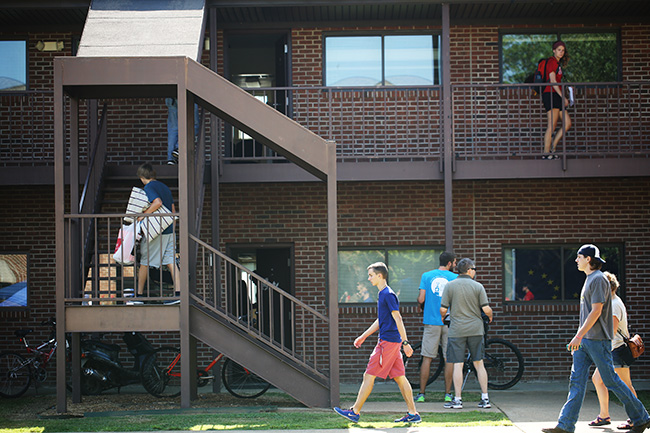 Campus is a buzz with activity on move-in day