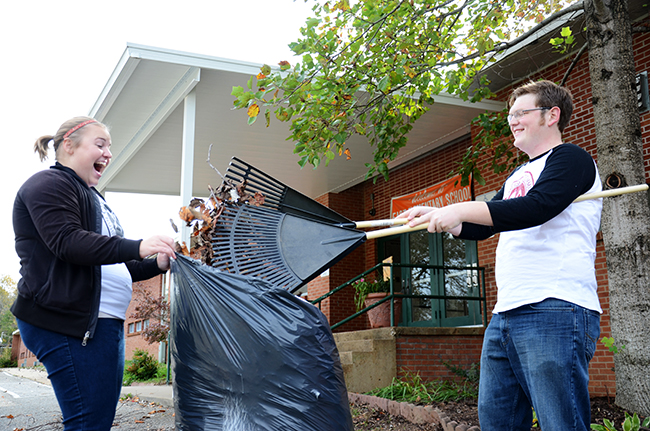 Students do yard work at East Elementary School