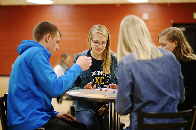 Students play Bunko in the Bowld Student Commons gym