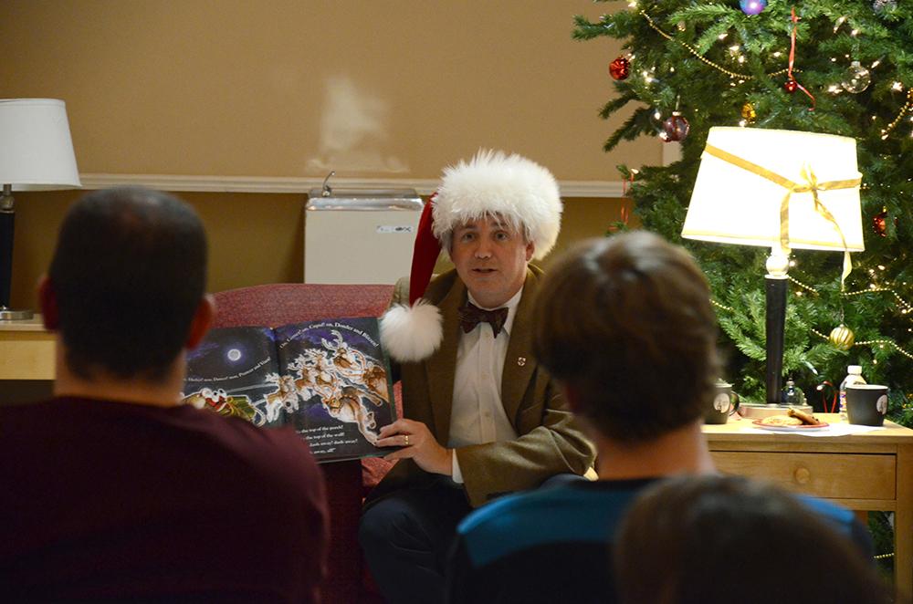 15121EW_Christmas Story2